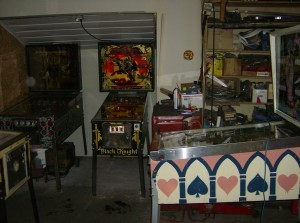 Pinball: Right of Garage